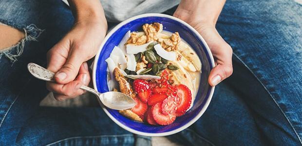 たんぱく質を中心に食事量を増やす