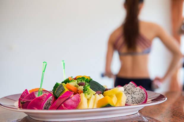 消化酵素は食べ物から摂るのが難しい?!