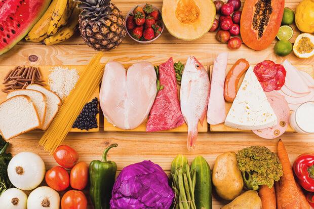 3大栄養素である「炭水化物、脂質、タンパク質」を摂る