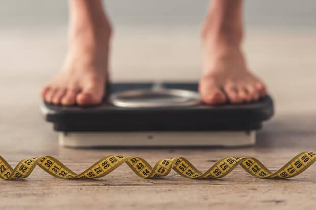 毎日体重を計る