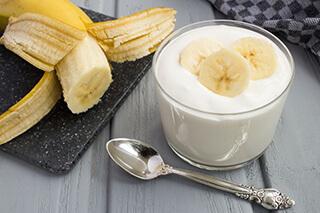 バナナinヨーグルト